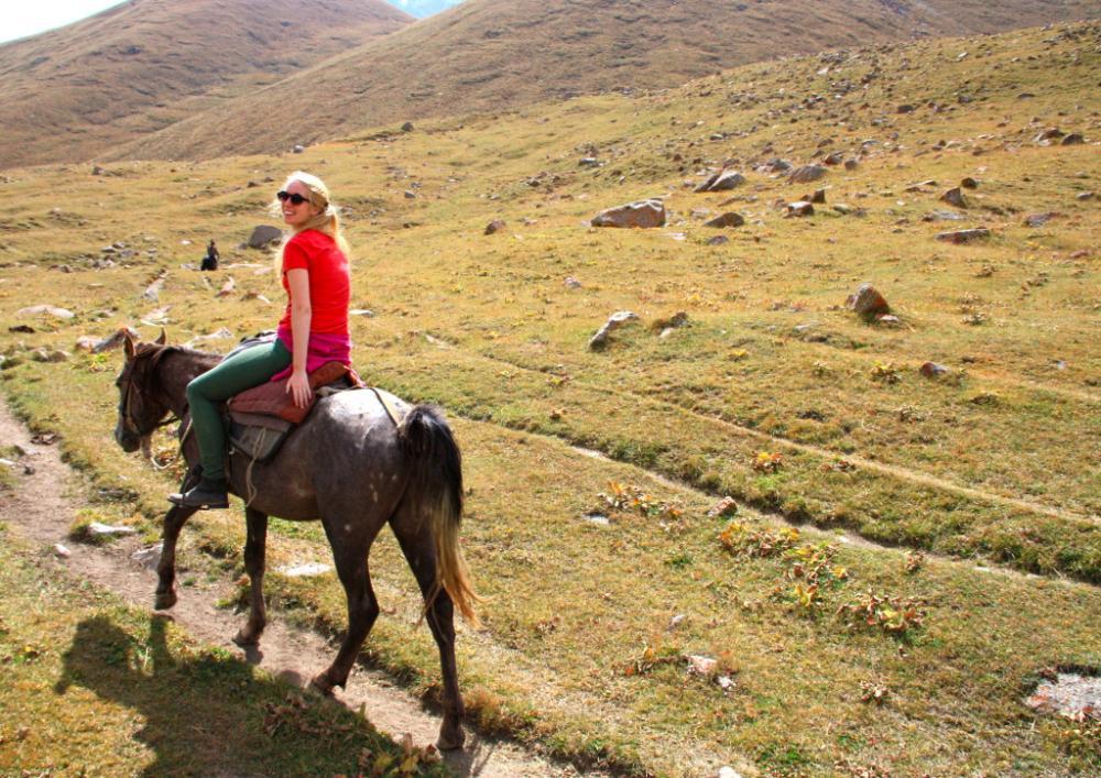 horse trek Kyrgyzstan