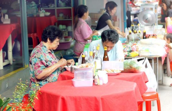 Chiang Mai's Tastiest Market