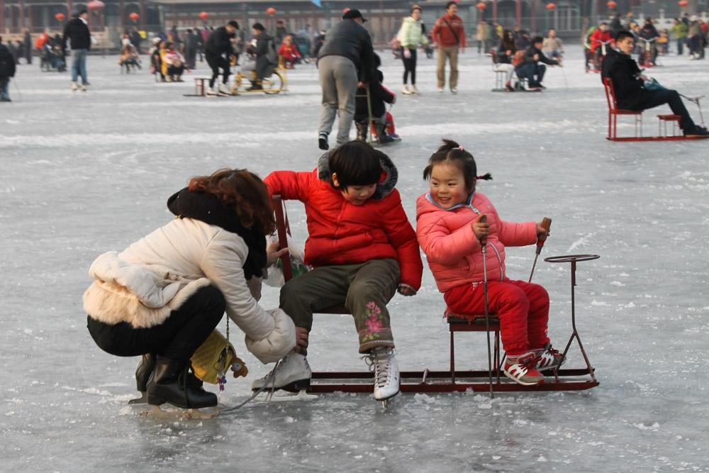 ice biking shichahai beijing china