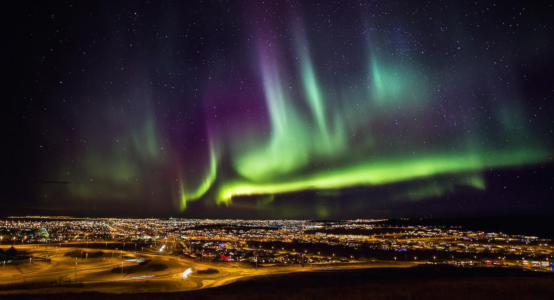 hofudborgarsvaedid northern lights iceland