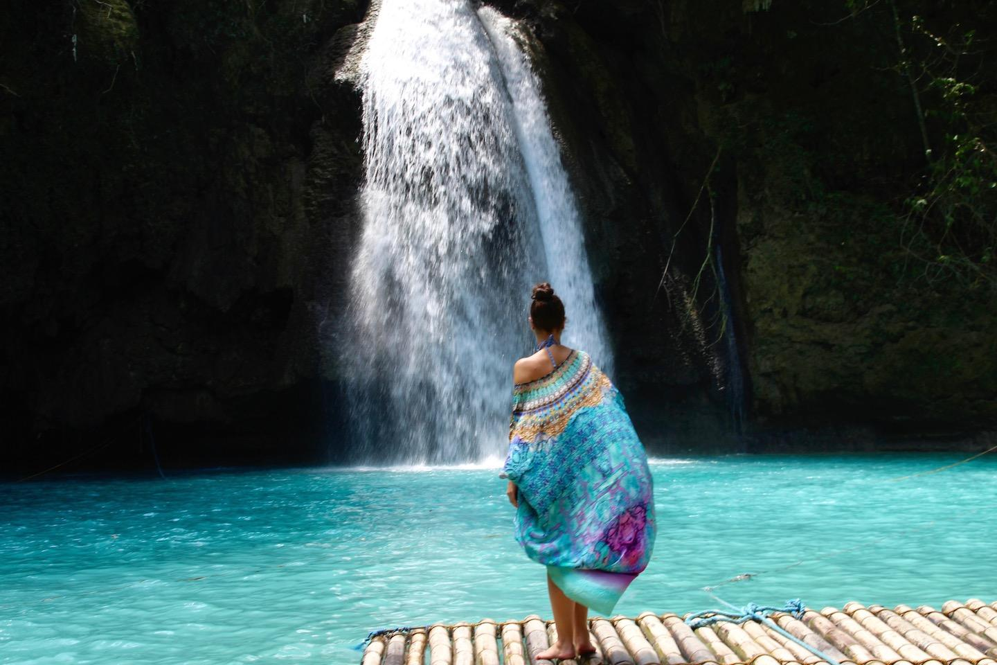 Kawasan Falls, One World Just Go