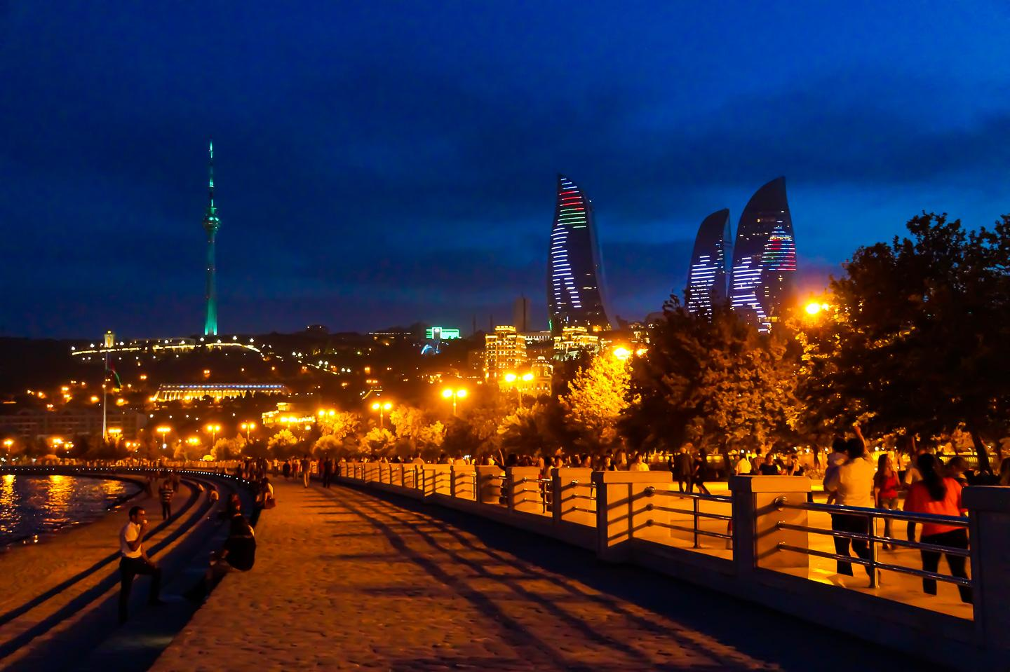 promenade in Baku by night with the Flame Towers
