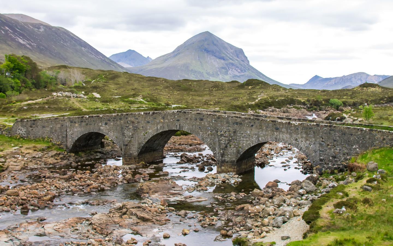 island hopping hebrides scotland isle of skye