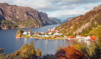 9 Reasons to Visit Norway in Autumn