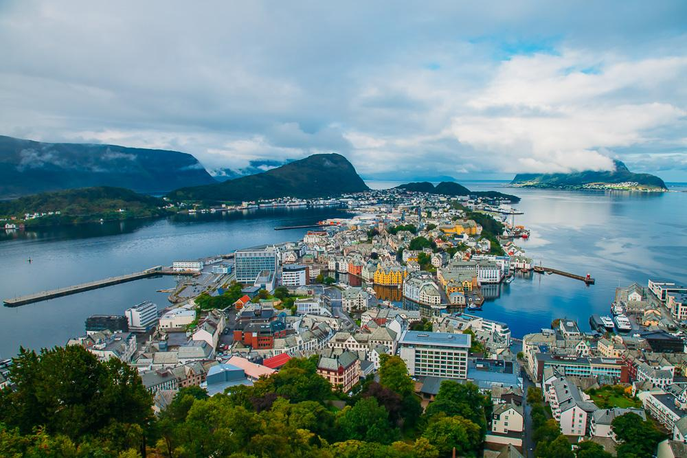 what to do in alesund
