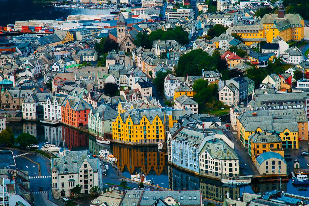 Things To Do In Lesund Norway 39 S Most Beautiful Fjord City Heart My Backpack