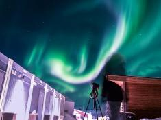 photographing the northern lights in abisko sweden photo