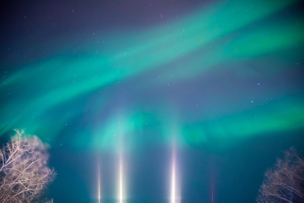 northern lights abisko aurora photo light pillars sweden