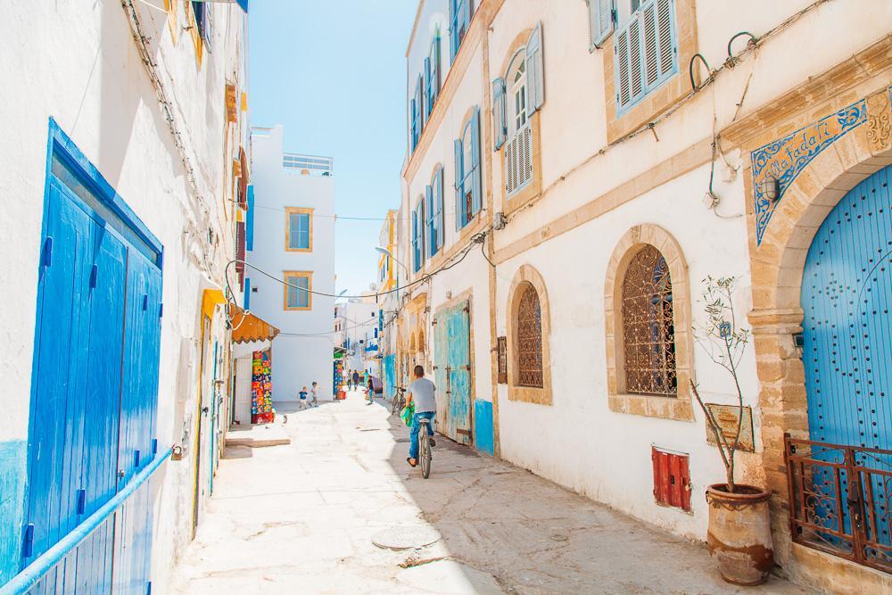 essaouira morocco medina market
