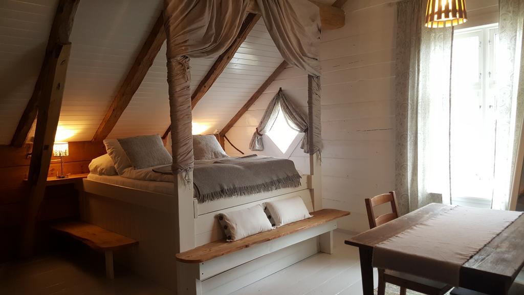 Rødseter Inn in Fjærland