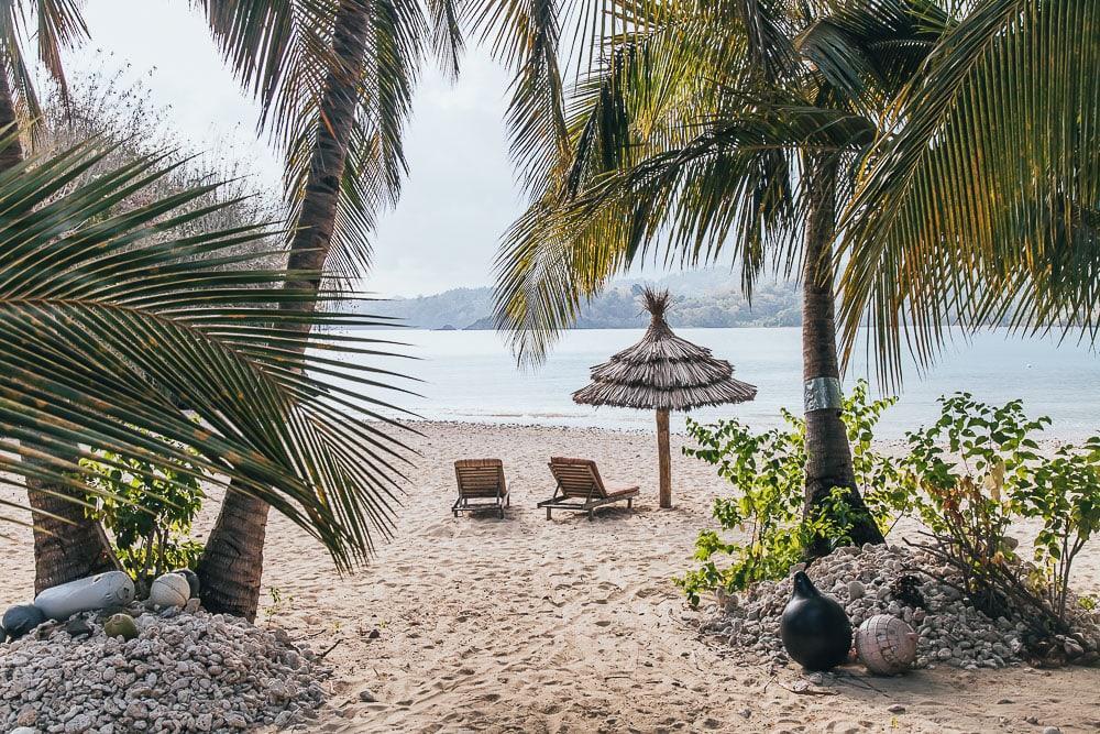 laka lodge private beach