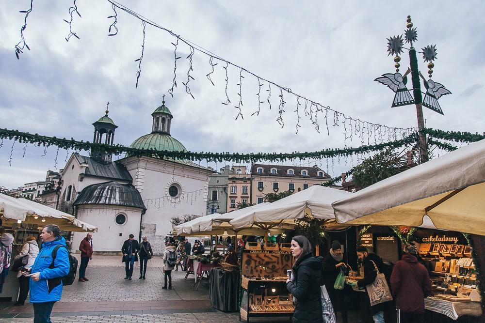 christmas market krakow old town