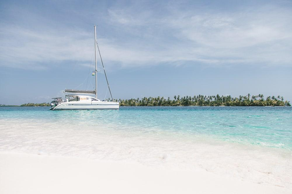 i travel by boat catamaran san blas panama