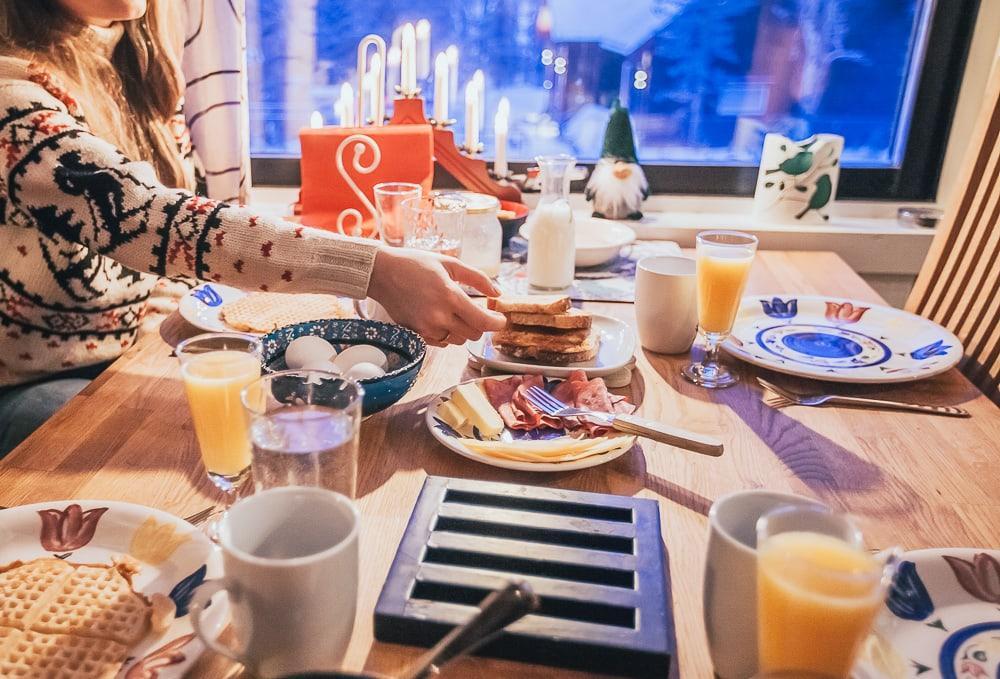 husky airbnb kiruna sweden