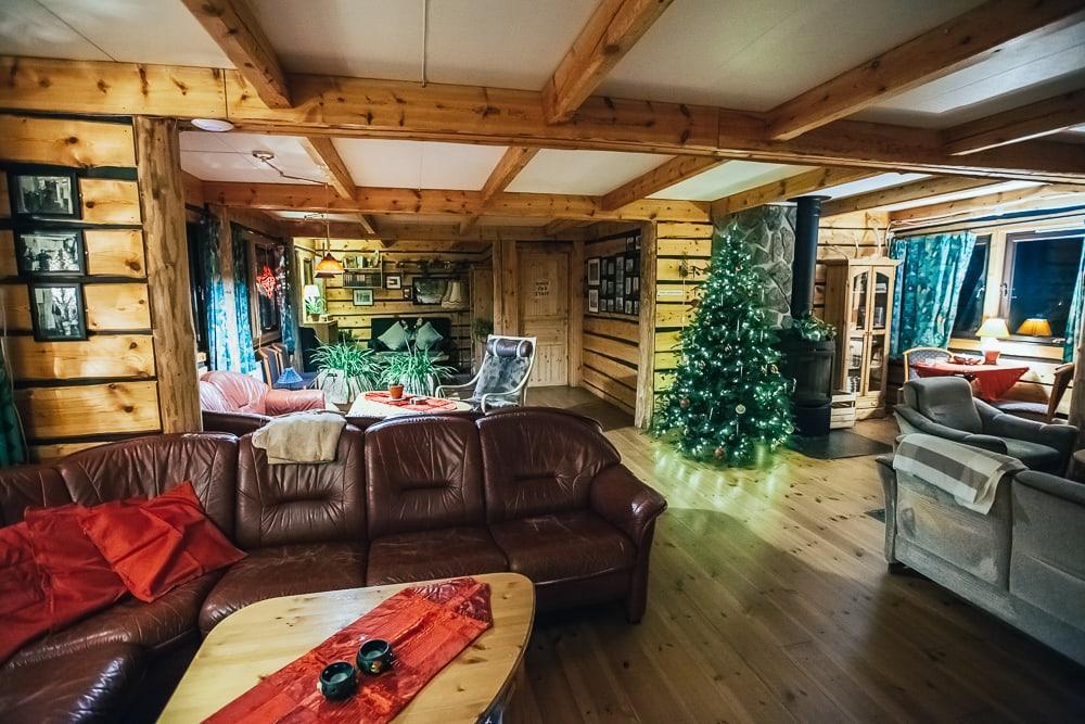 mary-ann's polarrigg svalbard hotel