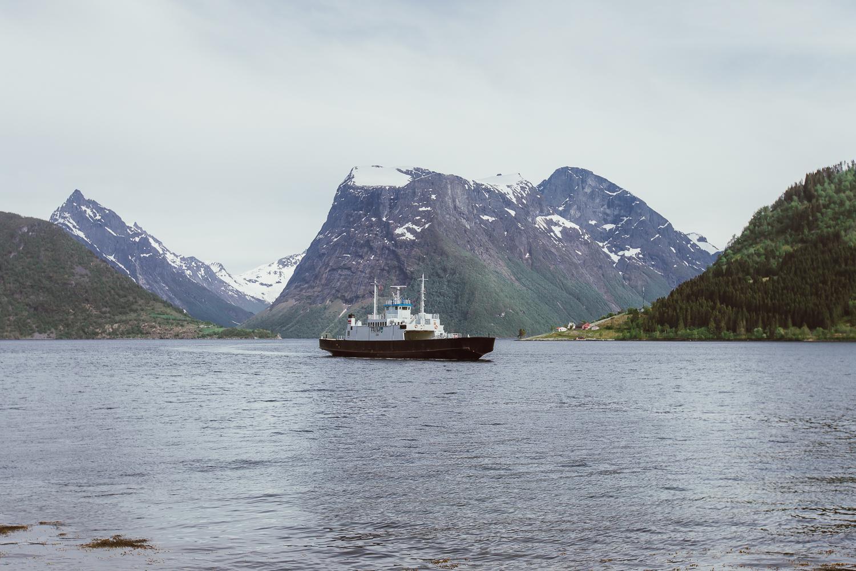 hjorundfjord norway norwegian fjord
