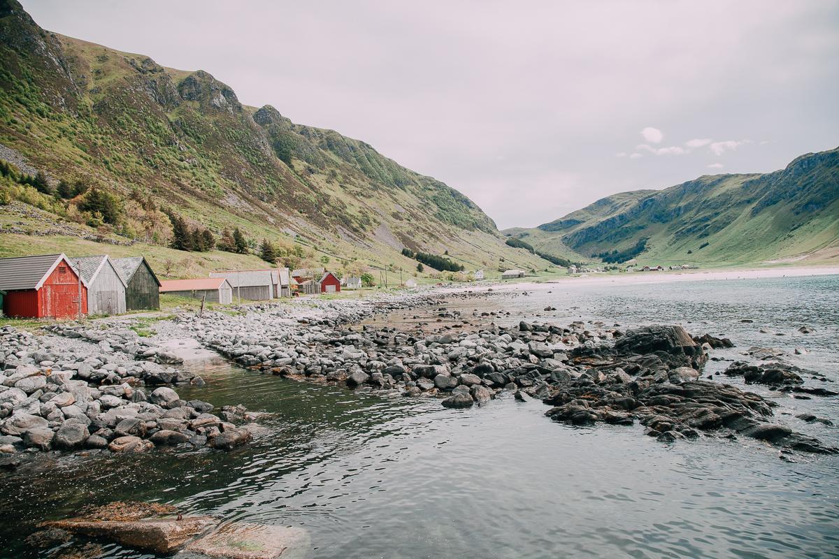 hoddevik beach surfing in norway