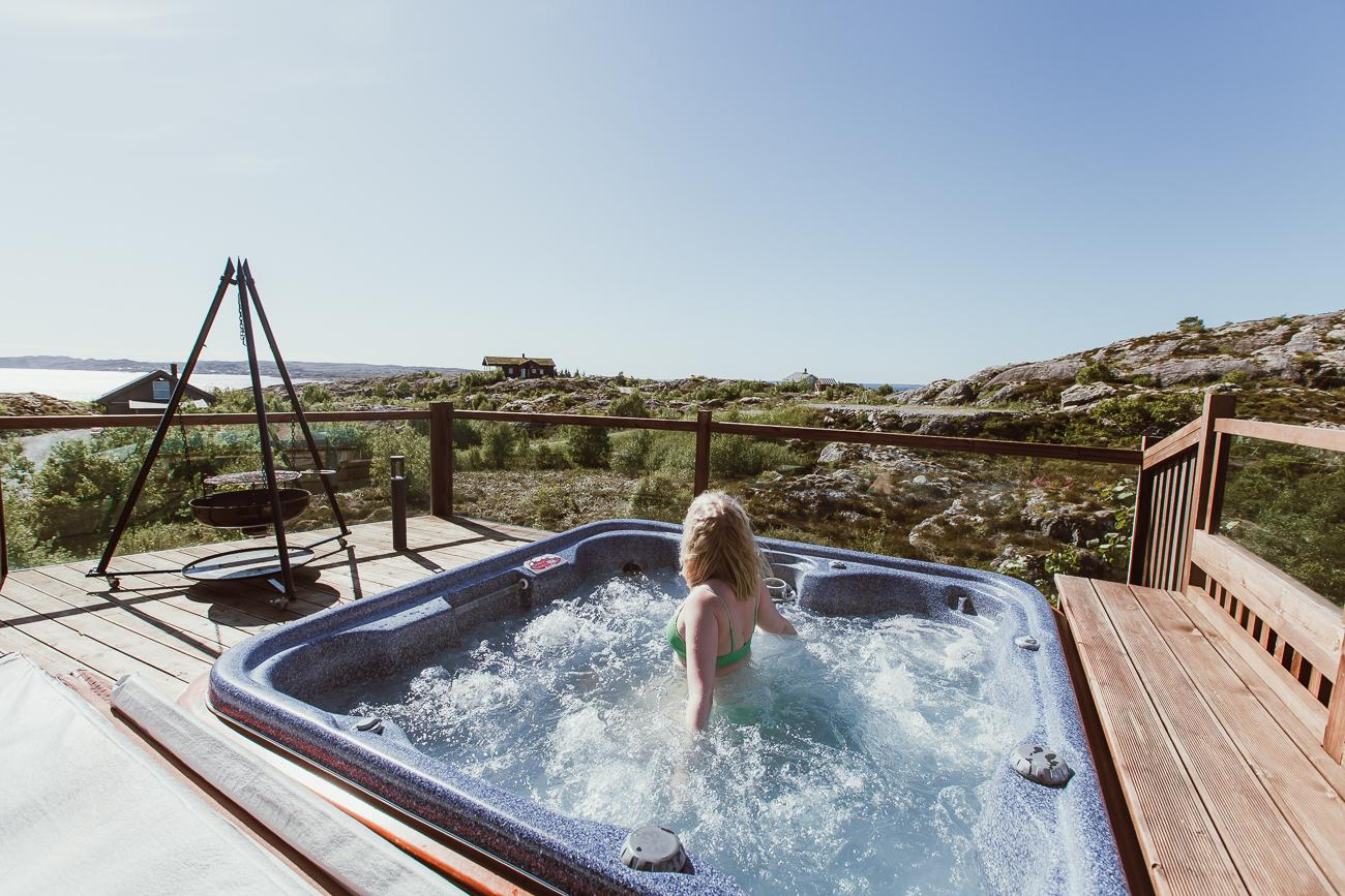 hitra airbnb jacuzzi Norway