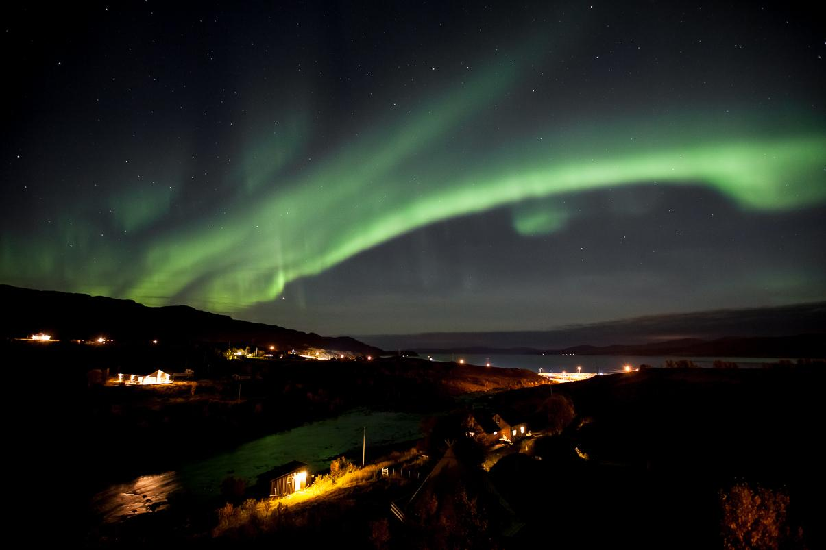 northern lights over kokelv, finnmark Norway