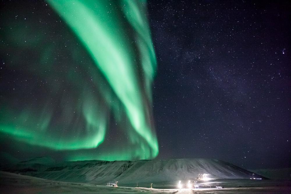 northern lights svalbard norway